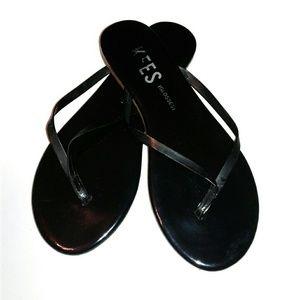 TKEES Black Patent Glosses Flip Flops Sandals sz 6